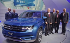 【デトロイトモーターショー13】VWからクロスブルーSUV…北米専用のPHVクロスオーバーコンセプト 画像