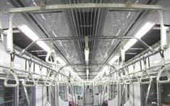 東京メトロ、電車の車内照明にLEDを本格導入、丸ノ内線・半蔵門線から 画像