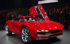 【ジュネーブモーターショー13】ジウジアーロ、550hpの未来型SUVを公開 画像