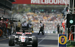 【ホンダ F1 復帰】BARとのコンビで皇帝に挑戦…第3期2004年シーズンまで[まとめ] 画像