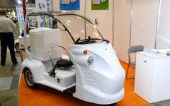 【スマートコミュニティジャパン13】プリント基板メーカーが手がけた2人乗り3輪EV 画像