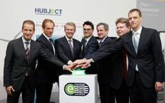 BMWやダイムラーなど独6社、欧州でEVの新充電サービス提供へ 画像