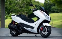 ホンダ フォルツァ Si、新型の軽二輪スクーター[写真蔵] 画像
