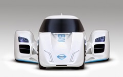 Nissan ZEOD RC、GTアカデミー初代優勝者 ルーカス・オルドネスをテストドライバーに起用 画像