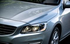 ボルボ S60、2014モデルからデザインを一新[写真蔵] 画像