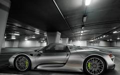 【フランクフルトモーターショー13】ポルシェのPHVスーパーカー、918スパイダー…量産モデル初公開 画像