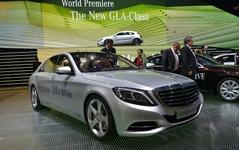 【フランクフルトモーターショー13】メルセデス Sクラス 新型、PHV発表…大型高級車で33.3km/リットル 画像