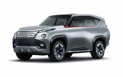 【東京モーターショー13】三菱、パジェロ/RVR 次期モデルにPHEVを展開 画像