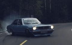 懐かしの日本車、3代目トヨタ マークII…迫力のドリフト[動画] 画像