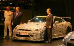 【日産 GT-R NISMO 発表】ミハエル・クルム氏「運転がとても楽しく、本当に速いクルマ」 画像