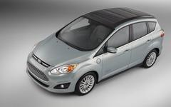 【CES 14】フォードの市販PHV、C-MAX にコンセプトカー…ソーラーパネルで充電 画像