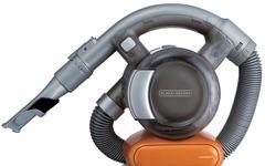 ブラック・アンド・デッカー、車内清掃などに便利なコードレス掃除機を発売 画像