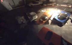 米 コルベット 博物館の陥没事故、車が飲み込まれた瞬間[動画] 画像