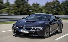 BMW「i」のPHVスポーツ、i8…燃費は47.6km/リットルに確定 画像