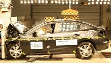 【NHTSA】マツダ アクセラ 新型、最高の衝突安全性能を認定 画像
