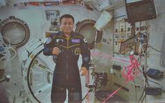 若田光一宇宙飛行士、国際宇宙ステーションからコマンダー就任のあいさつ 画像