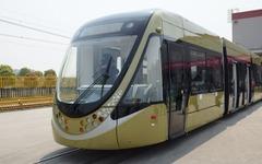 ボンバルディアが技術提供、中国製の100%低床路面電車が完成 画像