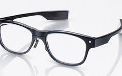 居眠り運転も防げる? スマホ連動メガネ「眼の活動量計」発売へ 画像