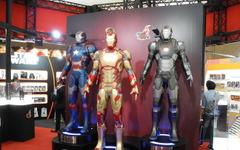 【東京おもちゃショー14】迫力のアイアンマン等身大人形…全高は2m 画像