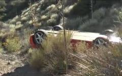 フェラーリ 360 モデナ、峠道から逸脱事故…横転の瞬間[動画] 画像