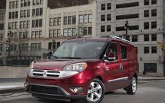 クライスラーのラム、新型商用車のプロマスター・シティを発表…フィアットからOEM 画像