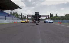 マクラーレン P1 と ランボルギーニ アヴェンタドール、加速競争[動画] 画像