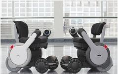 電動車イスを超えた次世代パーソナルモビリティ、WHILL Model A 販売開始 画像