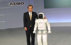 ASIMO の走りに磨き---四次元モビリティ 画像