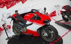【ジャカルタモーターショー14】ドゥカティ、世界500台限定のスーパーバイクを展示 画像