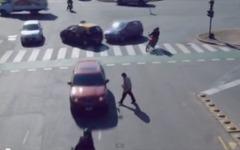 未来の自動運転?! ぶつからない車の映像作品[動画] 画像