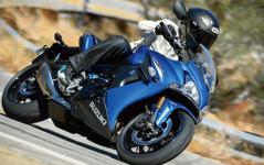 【インターモト14】スズキ、海外向け新スポーツ GSX-S1000 / F をワールドプレミア 画像