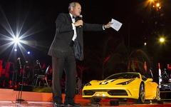 フェラーリ 458 スペチアーレ A 、量産第一号車はおよそ1億円で落札 画像