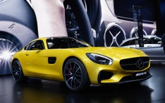 【パリモーターショー14】メルセデス-AMG GT に「エディション1」…カーボン製ルーフに固定ウイング 画像