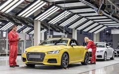 アウディ TT ロードスター 新型、ハンガリー工場で生産開始 画像
