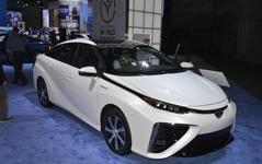 【ロサンゼルスモーターショー14】トヨタ MIRAI 北米仕様、加速性能は プリウス より上 画像