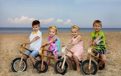 大人も乗りたい!? 木製バランスバイク「ZUMZUM」 画像