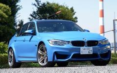 【BMW M3・M4 新型】M3セダンにもCFRPルーフ採用で「どちらもパフォーマンスの差はない」 画像