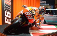 【東京オートサロン15】ホンダ、二輪コーナーで「MotoGP体験」…ゴールドウイング SE も出展 画像