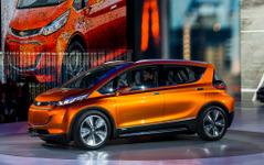 【デトロイトモーターショー15】シボレーの電気自動車 BOLT は全米での発売を予定 画像