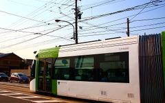 富山ライトレール、北陸新幹線開業にあわせ終列車繰下げ 画像