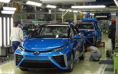 トヨタ豊田社長「水素社会実現への新たな1歩に」…MIRAI ラインオフ式 画像