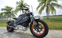 ハーレーダビッドソン、マレーシアで電動バイクの実車をお披露目 画像