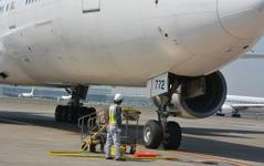 航空機の整備士養成に向けてテキスト類を整備…2015年度は「入門編」 画像
