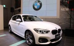 【BMW 1シリーズ 改良新型】スタイル刷新、安全性能も強化…298万円から 画像