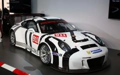 【ニュル24時間 2015】ポルシェ、新型GT3マシン『911 GT3R』を初公開…GTレース界 再席巻なるか? 画像