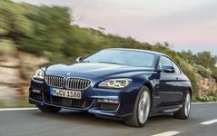 BMW 6シリーズ 改良新型へ、新デザインのアダプティブLEDヘッドライトを採用…1023万円から 画像
