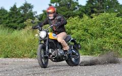 【ドゥカティ スクランブラー クラシック 動画試乗】ファッションバイクのように見えて、その走りは血統書付き…佐川健太郎 画像