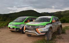 【アジアクロスカントリーラリー15】アウトランダーPHEV のクラス優勝を支えた伴走車「デリカD:5」 画像