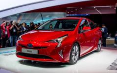 【フランクフルトモーターショー15】トヨタ プリウス 新型、モーターショーデビュー…燃費は18%向上へ 画像