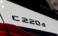 【メルセデスベンツ C220d 発表】「2015年はエンジン革命の年」規制強化で途絶えたディーゼル再び 画像